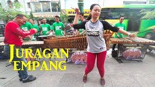 JURAGAN EMPANG - Garapan Baru Angklung Carehal, Perpaduan Musik & Penari Cantik (Angklung Malioboro)