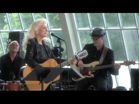 Judy Collins - Open The Door
