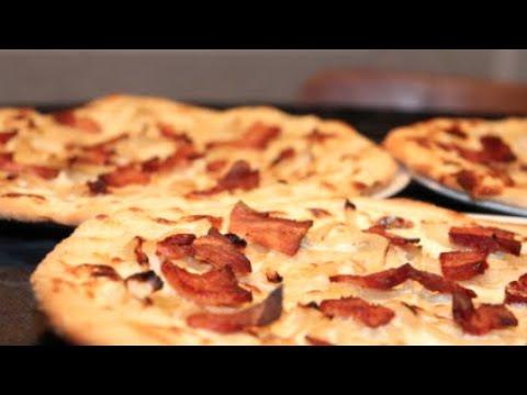 tarte-flambée-alsacienne/-flammekueche-croustillante-au-lardon-fumé-&-sauce-crémeuse---recette-#217