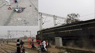 live train accident in pakistan tezgam express train vs motor bike