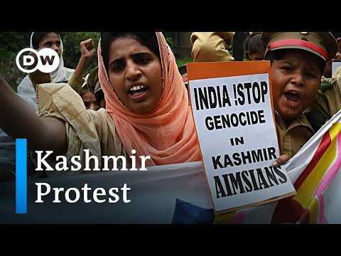 Pakistani crowds take to the streets to protest India's Kashmir policy | DW News