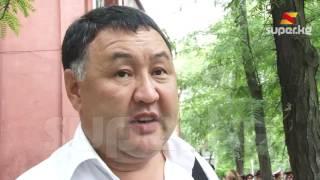 Жактоочу: Модин Текебаевдин эмес, Атамбаевдин кабинетине барыптыр