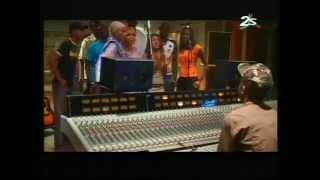 Download VIVIANE NDOUR - LA VIE EN ROSE DJ CHANTE MP3 song and Music Video