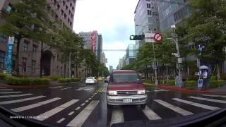 Vico-Marcus5 Dual, Rear-Cam Rainy Day footage