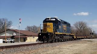 CSX J900 west pulling storage cars off the out-of-service Illinois Subdivision, 3/14/19