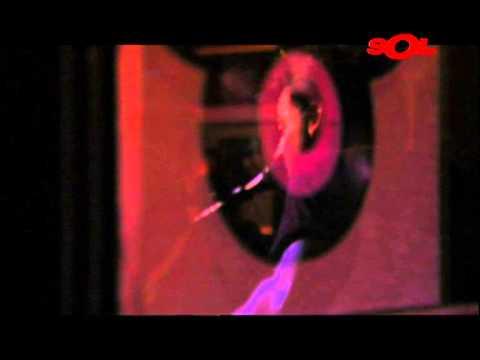 """L.A. """"Stop the clocks"""" (A Solas en Hard Rock Cafe) - Directo"""
