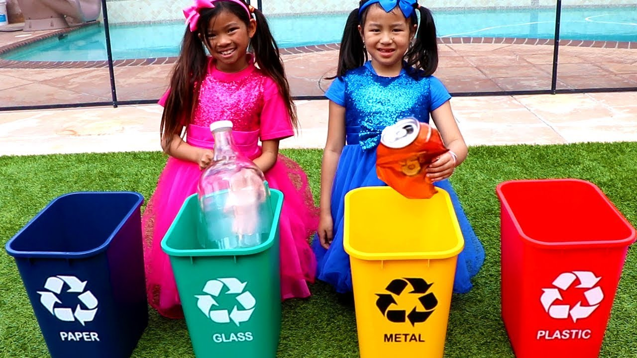 Clean Up Trash Song | Emma & Jannie Sing-Along to Nursery Rhymes & Kids Songs