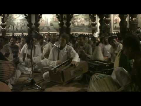 NY Eve Bhajan - Mukunda Datta das - Hare Krishna - 13/21