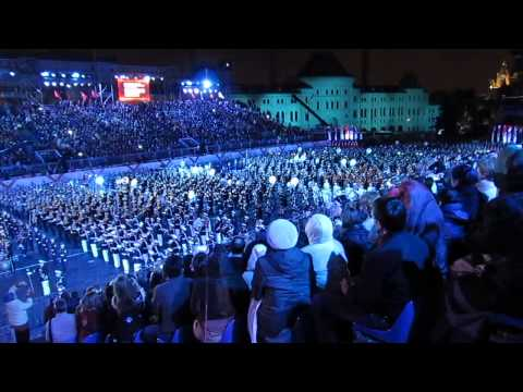 "Festival Music Militaire ""Spasskaya bachnya "" Moscou 2013 septembre  ensemble tout les groupe hun"
