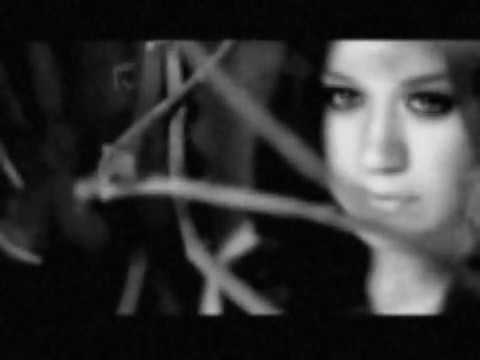 Kelly Clarkson - Impossible