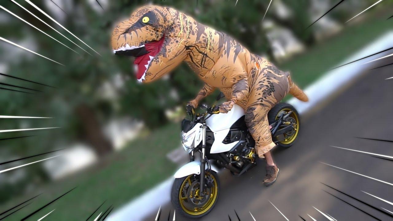 Foi de moto com o boy dar no meio do matagal wwwsosurubinhacom - 1 3