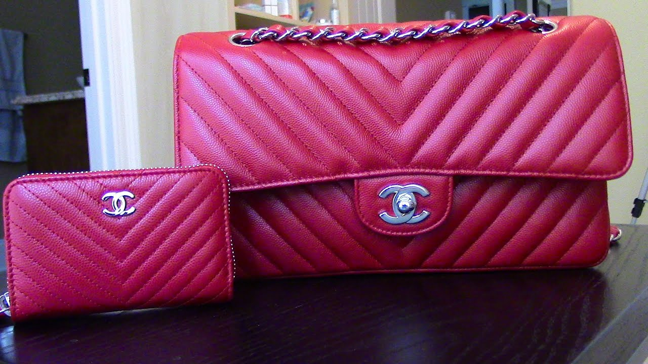 a5b46065d464 CHATTY-What's in my New 2016 CHANEL Chevron classic flap? /WHAT's Up with  me!