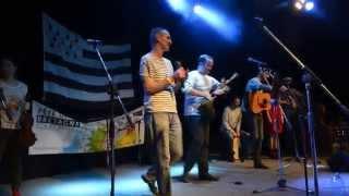 Roc'hann - 10 rokov / 10 ans déjà - song: Son ar chistr