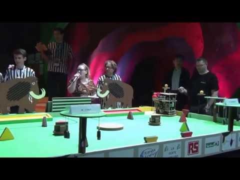 """2014 - PM-ROBOTIX vs CUBOT - Match n°2 - Le robot fou, """"c'est Random"""""""