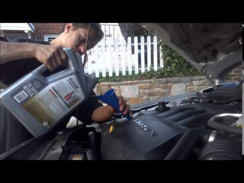 Lincoln Zephyr oil change - YouTube