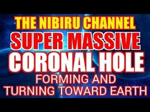 SUPER MASSIVE CORONAL HOLE TURNING TOWARD EARTH - 2017