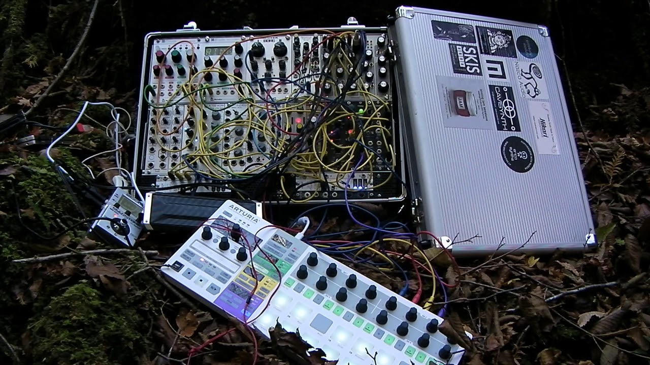 Modular Synthesizer Videos Are the YouTube Rabbit Hole You