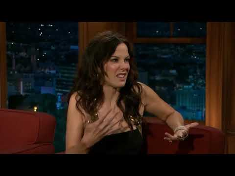 Mary Louise Parker Kisses Girls on Craig Ferguson