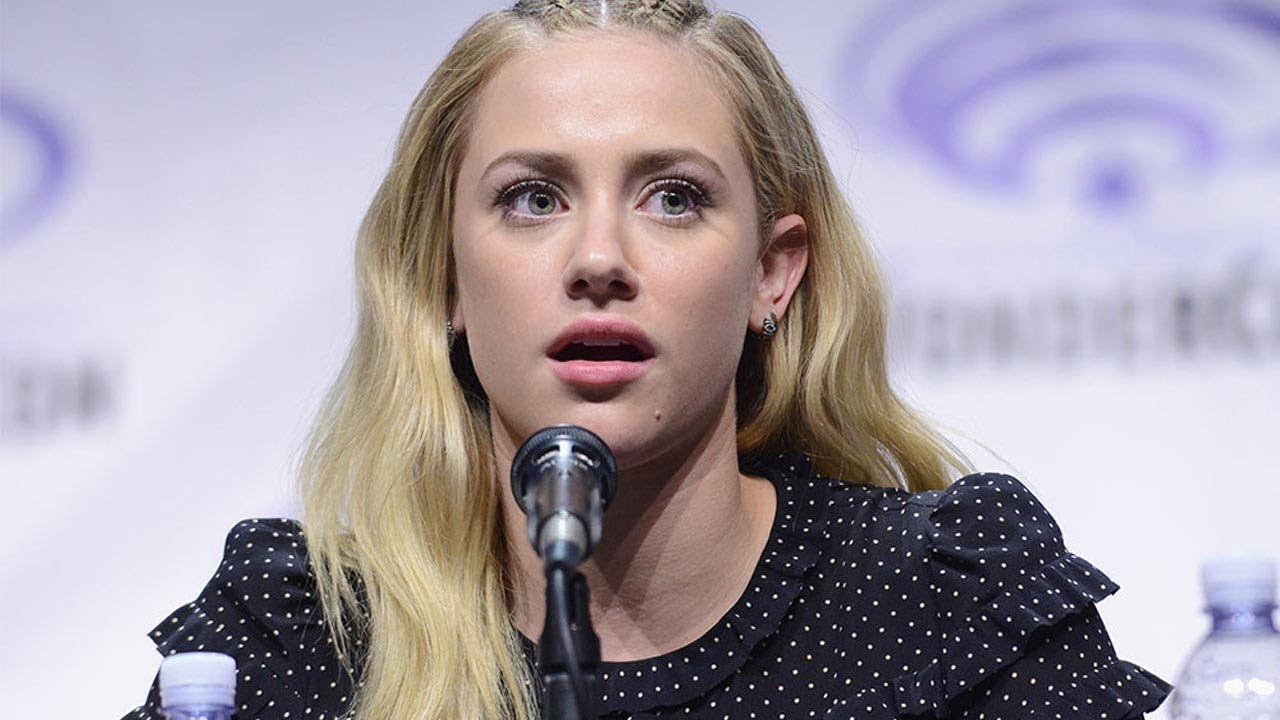 """Download Lili Reinhart BLASTS Fans for Trying to Take Photos of Her Eating """"I am NOT Betty Cooper!"""""""