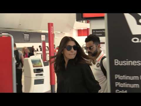 'iNDIAN celebrities Virat Kohli & Anushka Sharma involved in heated exchange at airport' 15MOF Mp3