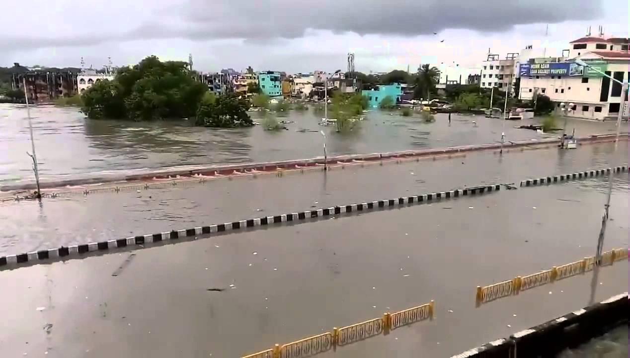Chennai Flood Saidapet Bridge Overflowing - YouTube