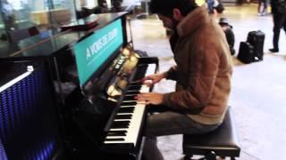 Marco Guazzone - Comptine d'un Autre été: L'après Midi (Yann Tiersen) - Gare de Toulouse Matabiau