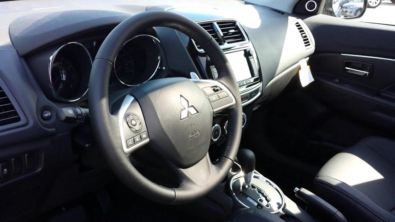 interior autoweek review se reviews mitsubishi car steeringwheel outlander notes sport article