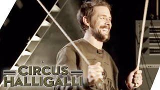 Circus HalliGalli Aushalten: Drehstuhl - Teil 2   ProSieben thumbnail