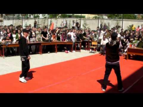 Soni G ft Xhevi - Kosova e Pavarur ( Gjimnazi ''Gramoz Palushi'' )