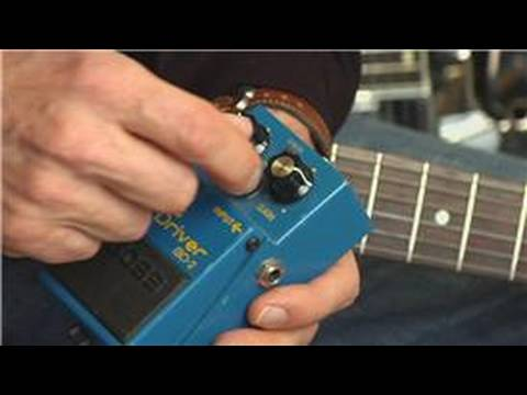guitar-equipment-:-how-does-a-distortion-pedal-work?
