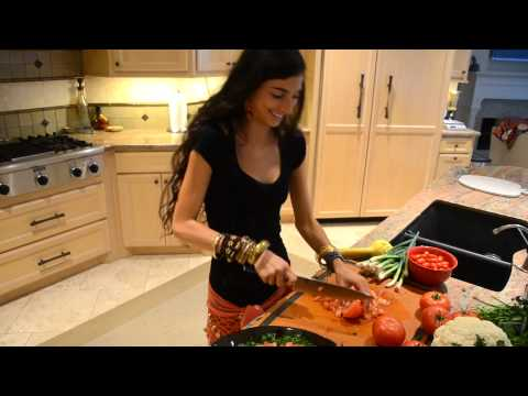 Raw Mediterranean Tabouli + Belly Dancing!