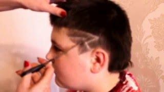 Выстригание узора на волосах. Очень легко!!!