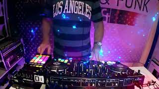 SCHWARZ & FUNK Live - Jesse Funk Presents 'The Chillhouse Effect' Live In The Mix