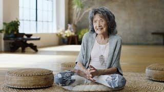 A 98-Year-Old Yoga Teacher Shows The Power of Positivity
