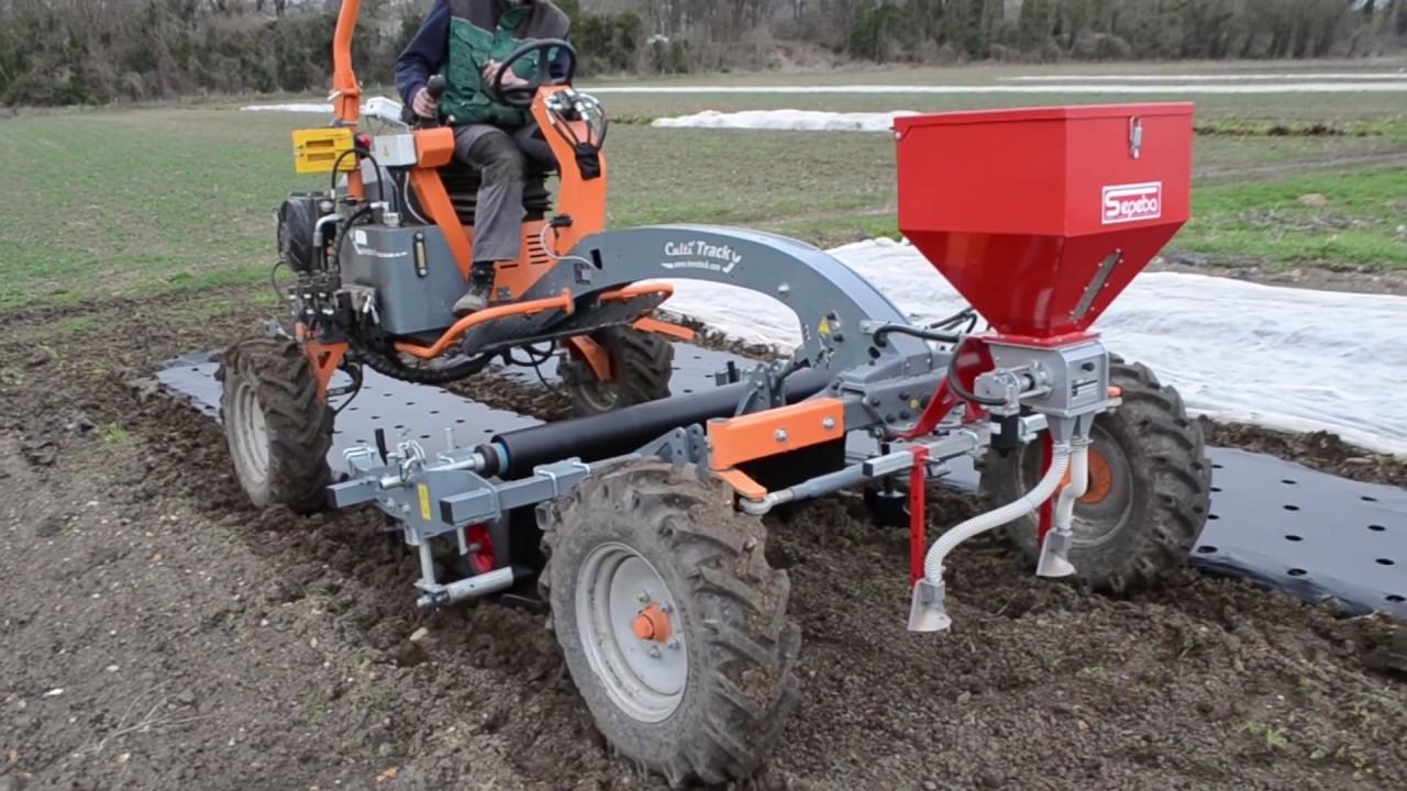 Dérouleuse de paillage plastique et fertilisation porte outils maraicher Cultitrack #1