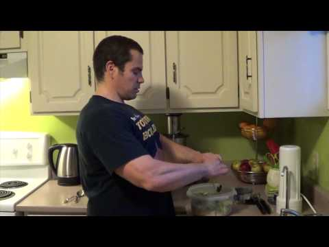 High Protein & Low Carb Bodybuilding Meal (Chicken Salad)