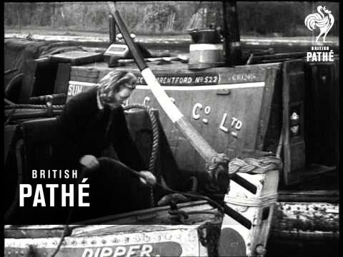 Beauty And The Barge (1945)