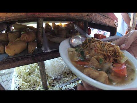 Greater Jakarta Street Food 1315 Part.1 Bogor Noodles Soup Soto Mie Bogor Pikulan 6013