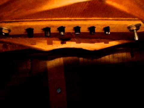 1919 Martin 0-28 Acoustic Parlor Guitar inside detailed.mpg