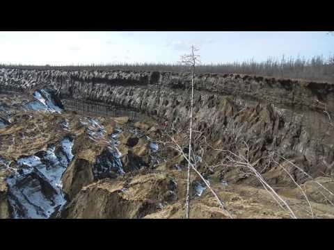 'Megaslump' Crater Grows in Siberia as Permaforst Melts