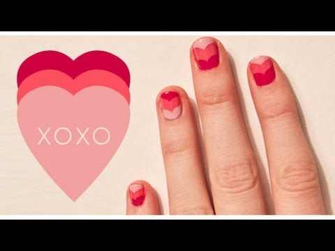 DIY xoxo nails using hole-puncher rings - easy and pretty!