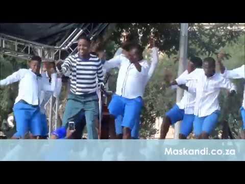 Khuzani Mpungose Live -  Ishende (Inhlinini Yoxolo Album Launch eGoli, Newtown)