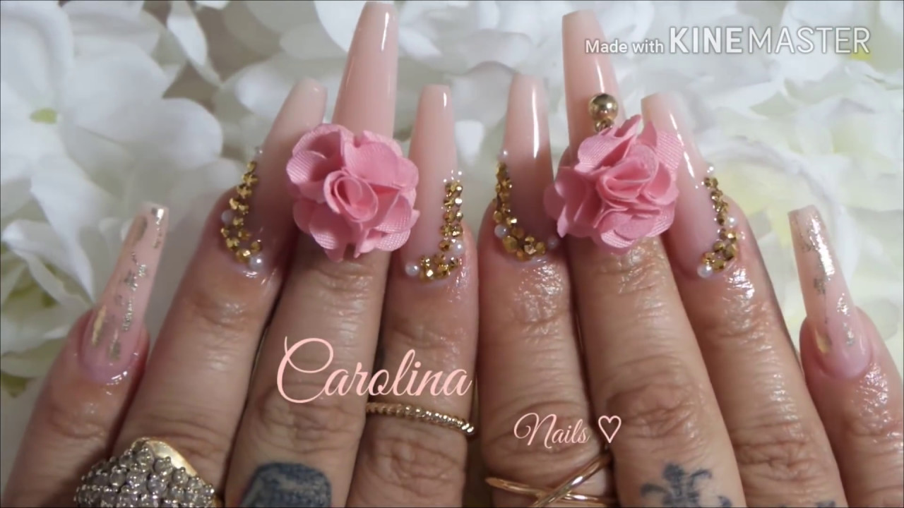 uas acrilicas rosa con dorado