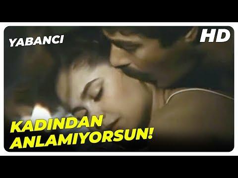 Yabancı - Silahım Olmadan, Bir Kadınla Yatmam! | Kadir İnanır Hülya Avşar Eski Türk Filmi