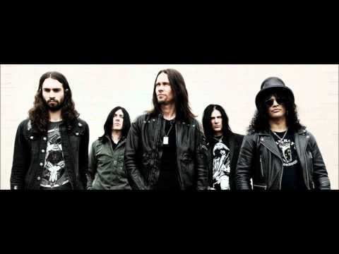 Slash ft. Myles Kennedy & The Conspirators – Anastasia