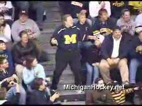 Jack Johnson S Father Dances At Michigan Hockey Game Youtube