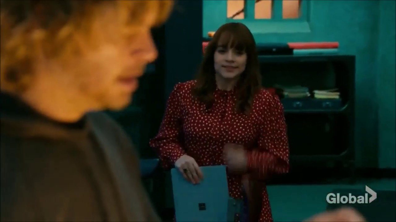 Ncis Los Angeles 10x17 Deeks Finds Out What S In The Box Part 2 Youtube