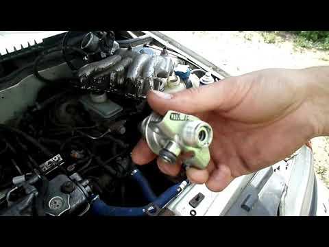 Низкое давлние в топливной рампе: замена регулятора давления топлива на  ВАЗ 2115
