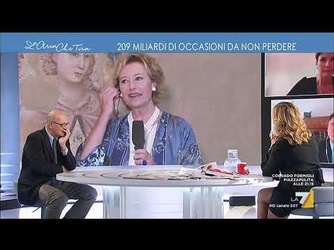 """Vittorio Sgarbi con Letizia Moratti: """"Ha fatto una donazione di opere d'arte contemporanea, te ..."""