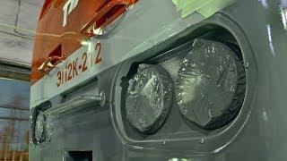 ЭП2к. Запуск, управление, оборудование, неисправности.(Машинист одного из локомотивных депо знакомит бригады с электровозом ЭП2к и делится опытом по устранению..., 2014-01-04T09:22:10.000Z)